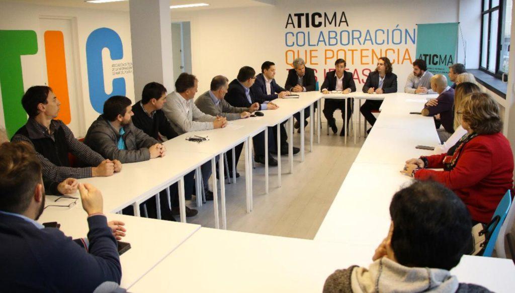 El Ministro Tizado se reunió en ATICMA con empresas del sector